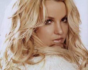 Britney Spears Bares Hot Bikini Body Doing Yoga - Watch